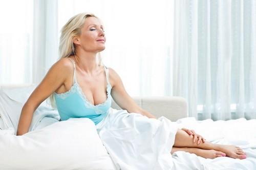 выделения у женщины в менопаузу