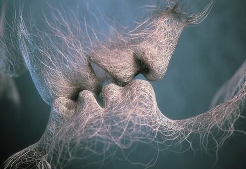 Целующиеся